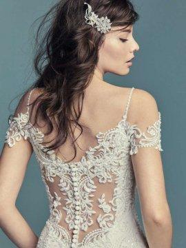 """Maggie Sottero """"DELLA"""" Wedding Dress"""