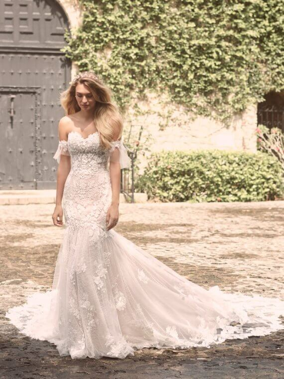Maggie Sottero joelle fishtail lace wedding dress sample sale sussex