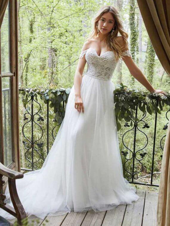 rebecca ingram cheap sample sale discounted wedding dress
