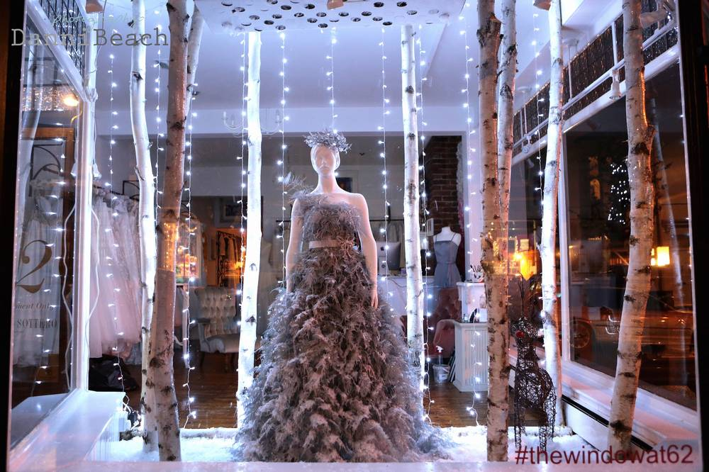 christmas-wedding-display-mathilda-rose-1