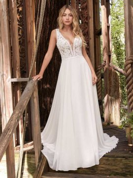 "Rebecca Ingram ""Gabriella"" Wedding Dress"