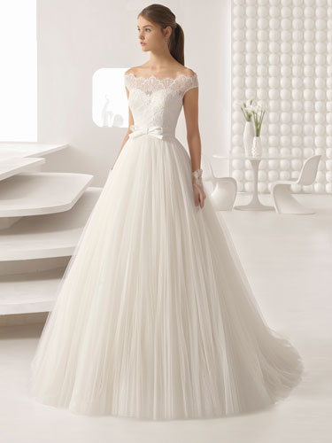 Wedding dresses sussex wedding shop sussex bridal for Where to buy yasmine yeya wedding dresses
