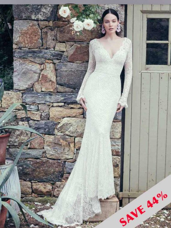 SOTTERO AND MIDGLEY MAGIE SOTTERO SAMPLE WEDDING DRESS SALE
