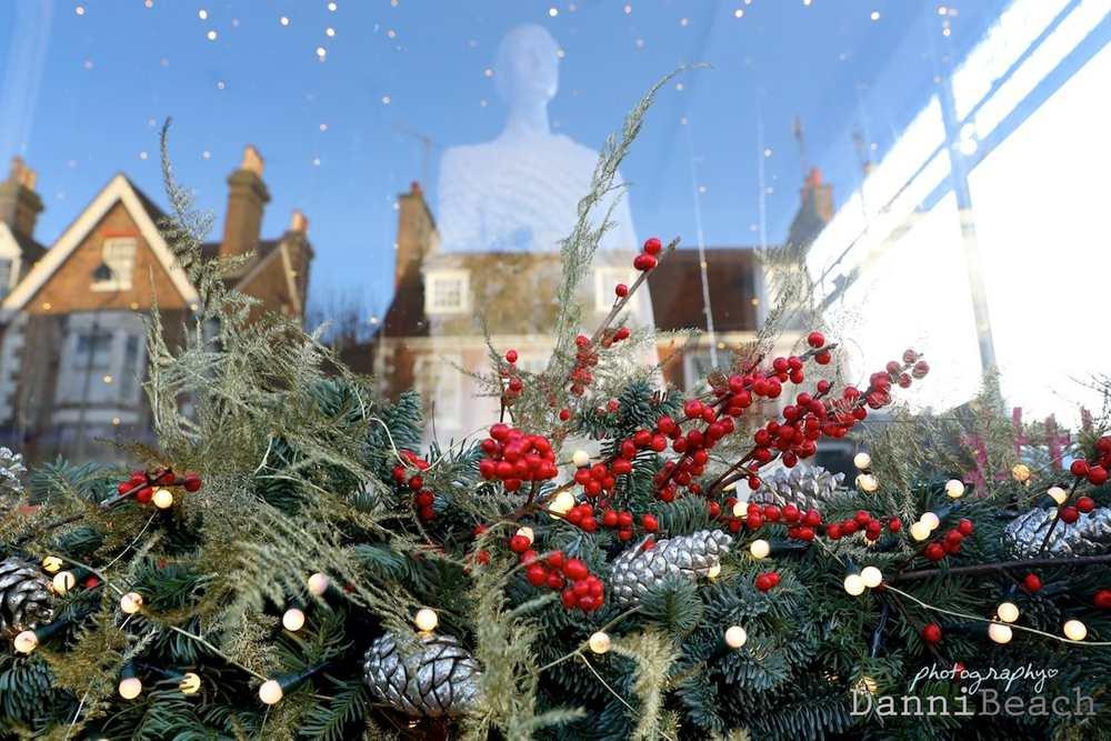 Christmas window display #thewindowat62